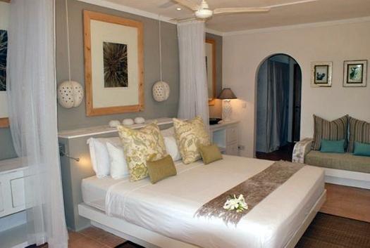 Indian_Beach_Hotel_1